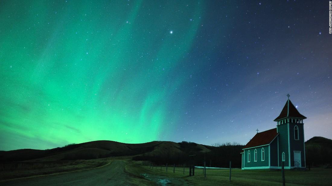 150318103832-aurora-borealis-saskatchewan-irpt-super-169